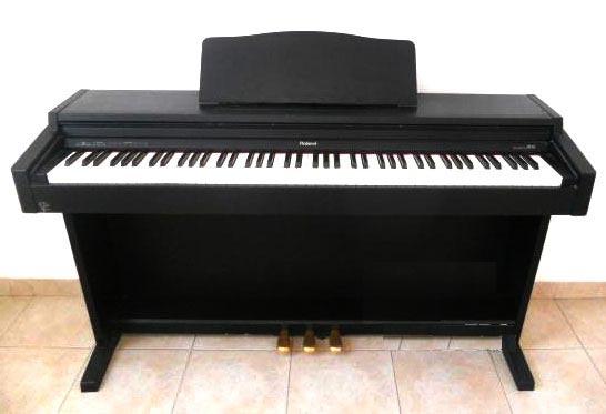 Đàn Piano điện Roland HP 147