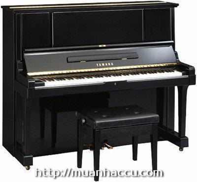 Upright Piano Yamaha UX-3
