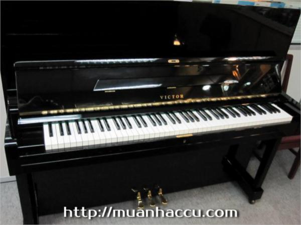 Upright Piano Victor V31