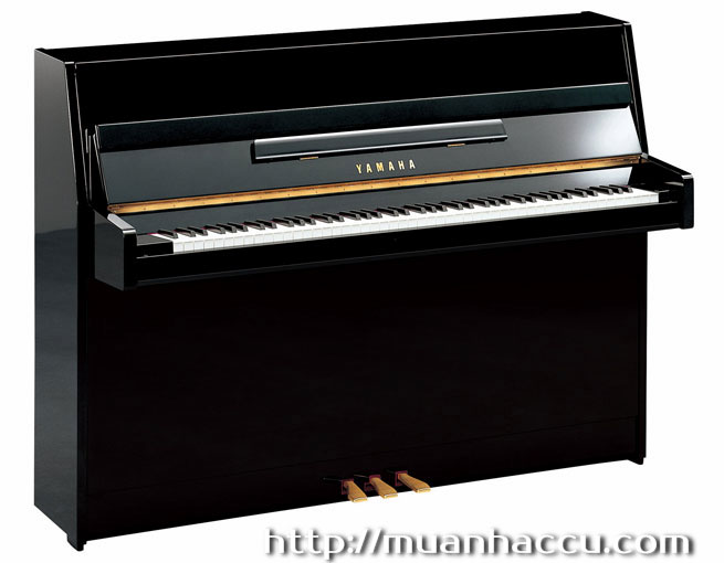 Upright Piano Yamaha JU109 PE